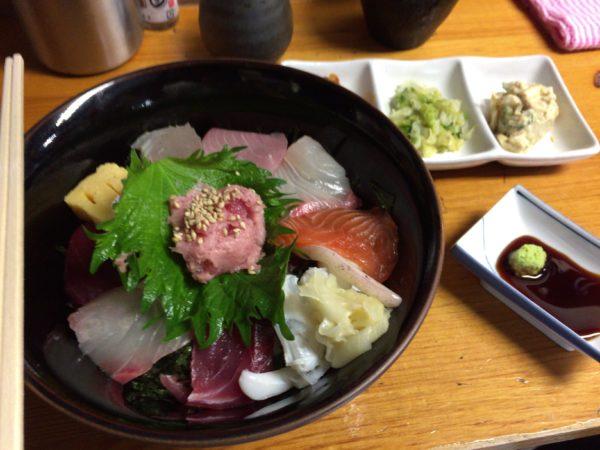 達 海鮮丼