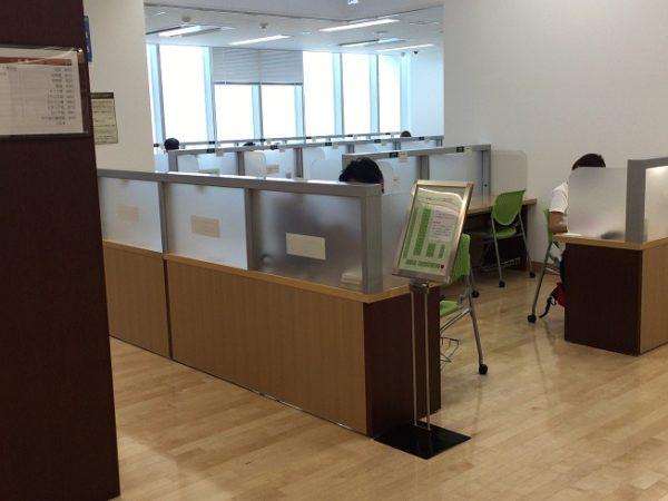 船橋市西図書館 自習スペース